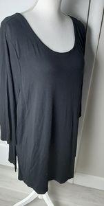 Cynthia Rowley scoop neck tshirt 2x